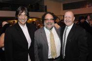 Eduardo Bueno,Fernando Bueno e Dado Schneider na festa do Sindilojas